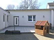 Rueckseite-Terrasse