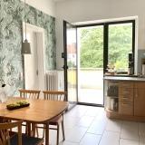 Küche mit Blick Balkon
