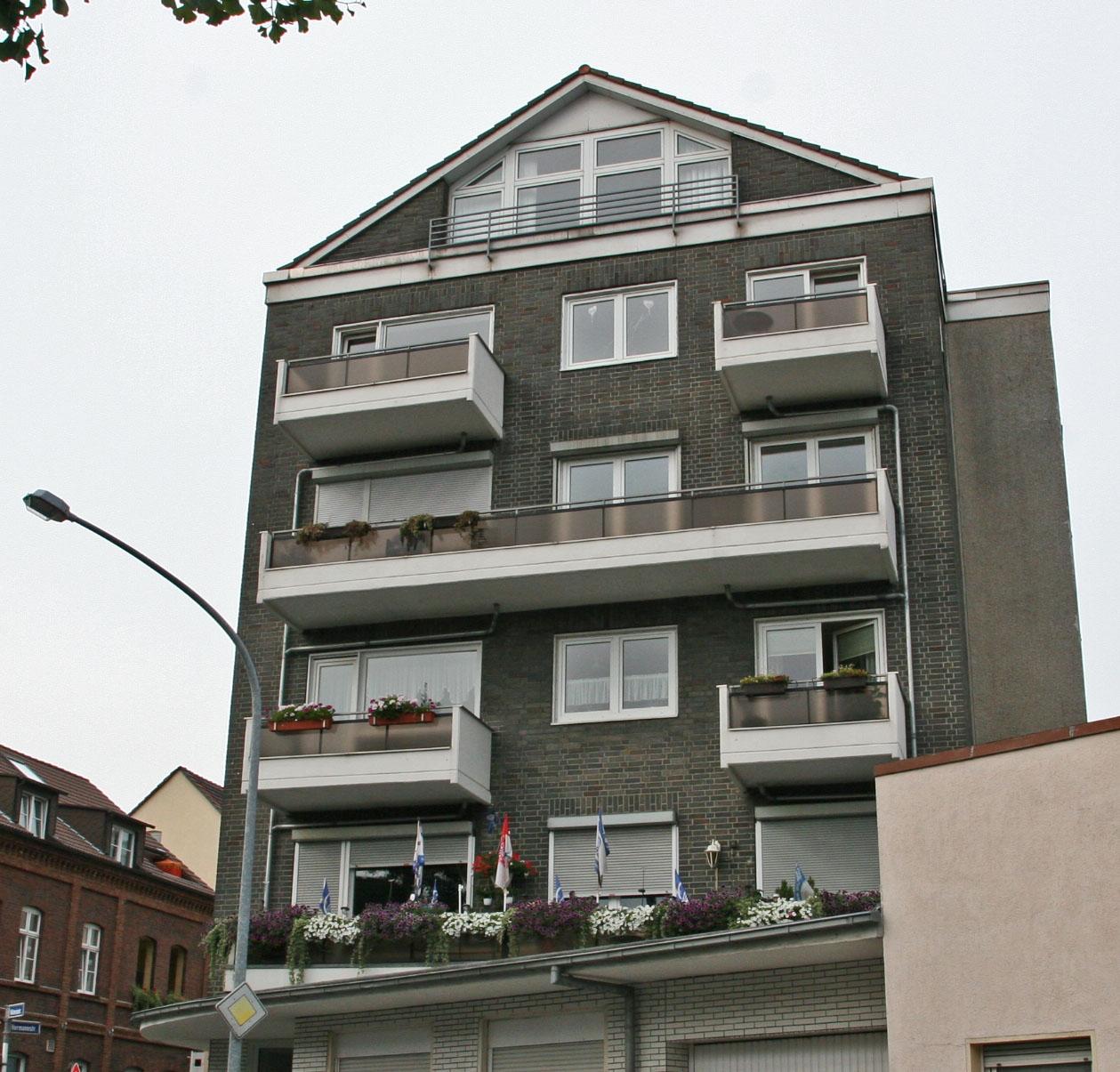 Haus Kaufen In Bad Essen Immobilienscout24: Große Eigentumswohnung In Essen-Katernberg