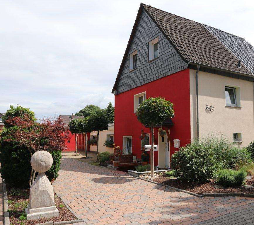 Haus Seeblick Duisburg: VERKAUFT: Gartenparadies